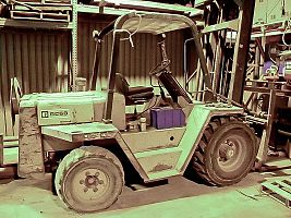 Cat RC60 Pneumatic Forklift