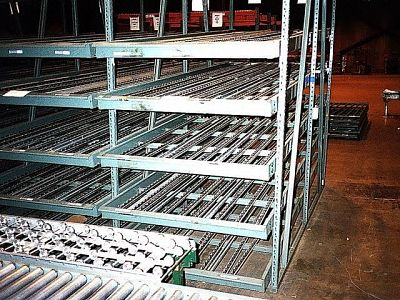 Hytrol flow rack