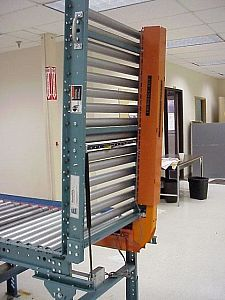 Ermanco Lineshaft Conveyor Liftgate
