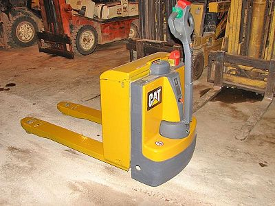 Cat Electric Pallet Jack (Tag 309)