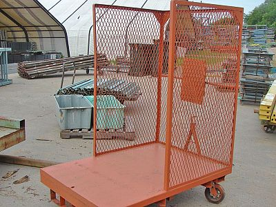 Wire Mesh Cart - Front View