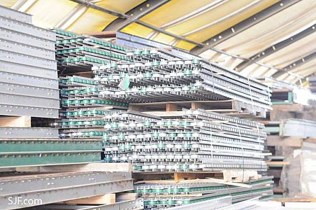 Single Inline Steel Wheel Pallet Flow