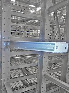 Cantilever Rack Arm Close-up
