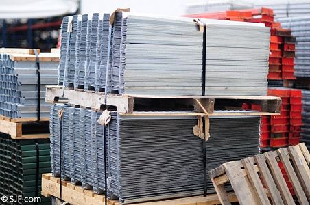 Wire Decking | Pallet Racks Wire Mesh Decks