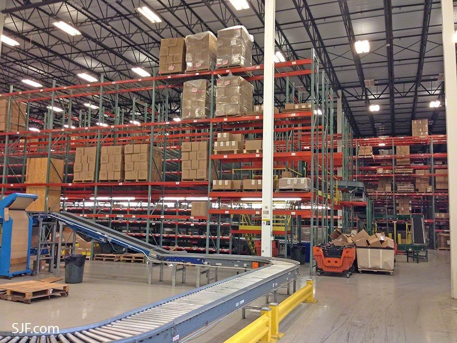 Entire Pick Module and Packaging Area