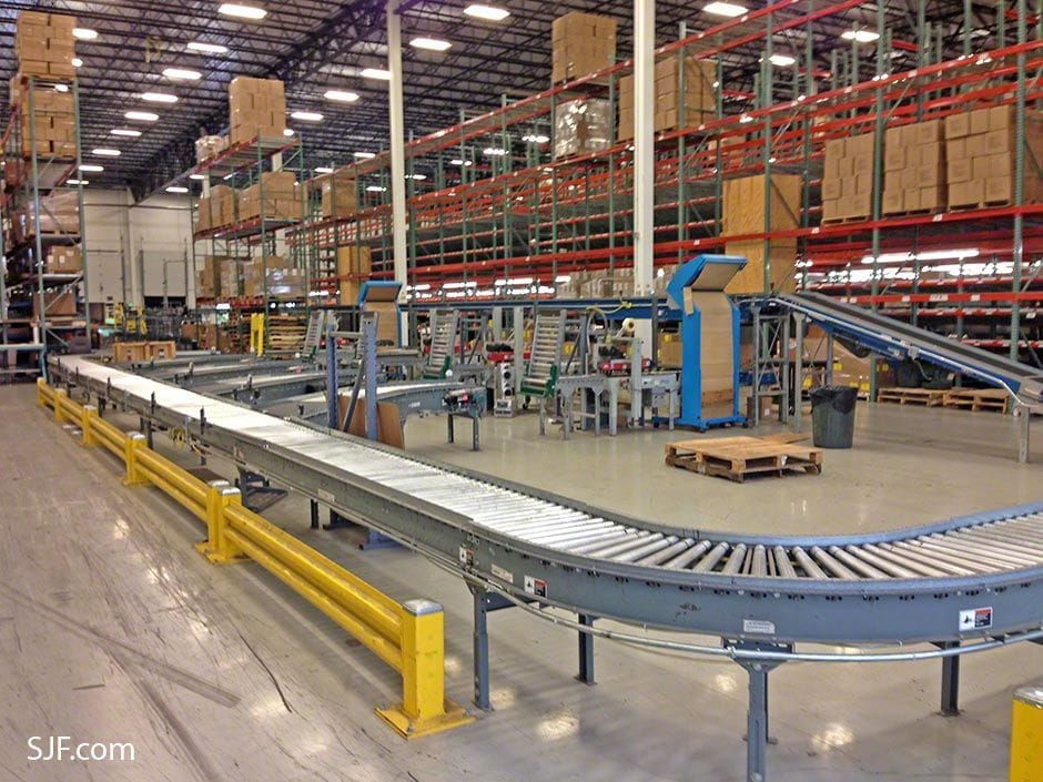 5 Pack Out Stations - Control merge conveyor