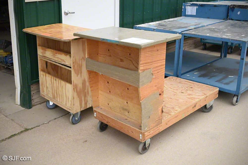 Rolling Wood Podium Cart With Shelf