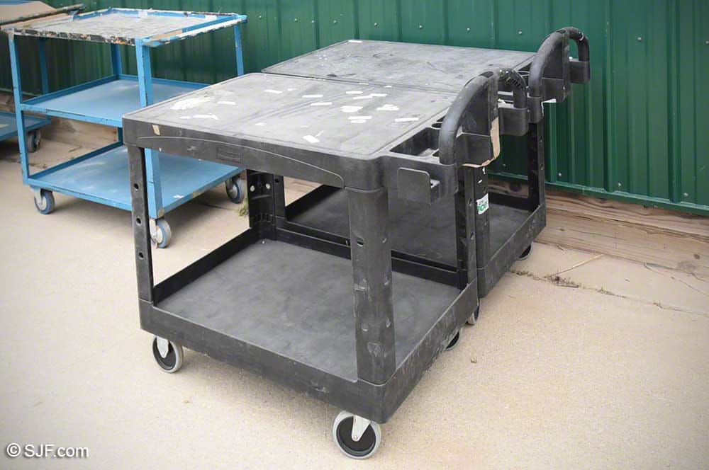 Rolling Plastic Rubbermaid Carts