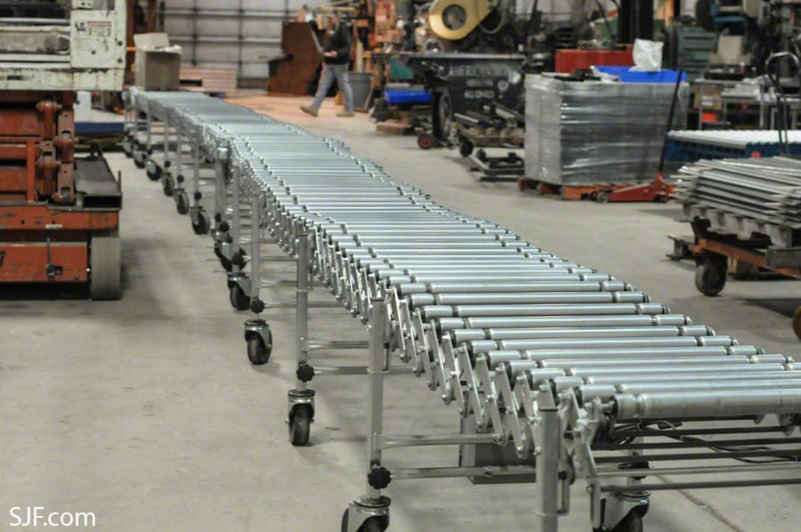 NestaFlex Powered Roller Conveyors