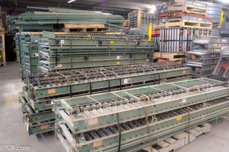 Hytrol Lineshaft conveyor