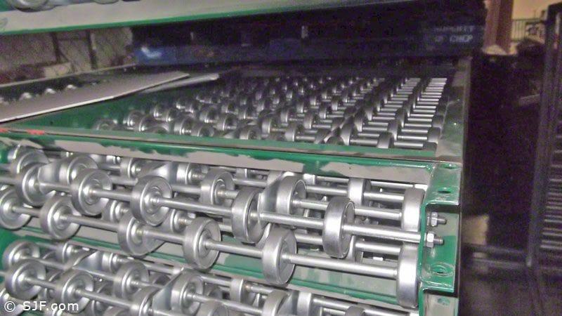 Tight-Pack Skatewheel Conveyor