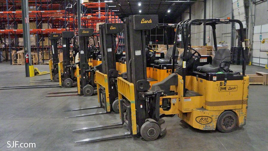 Bendi Swivel Front Forklifts - Front view