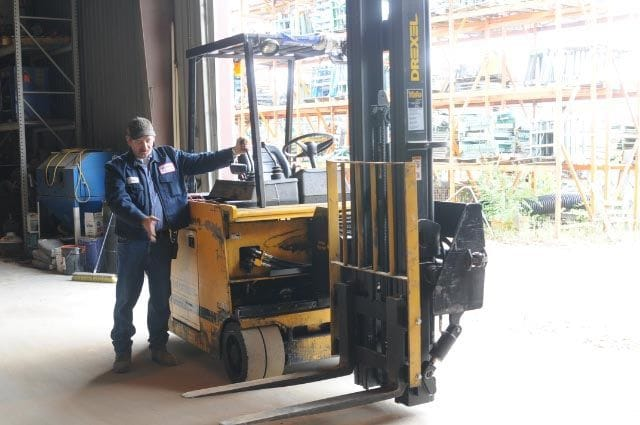 Drexel Swing Reach Forklift - Tag 95