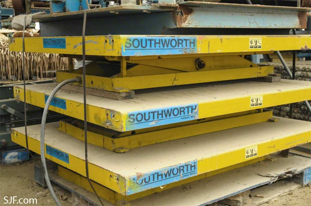 Southworth Lift Tables