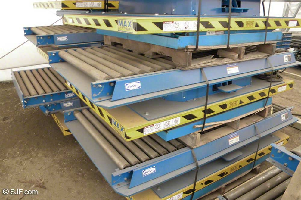 Max Lift Lift Tables with Conveyor Top