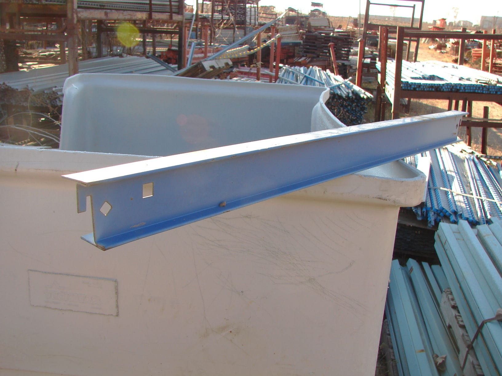 I-Beam style pallet supports