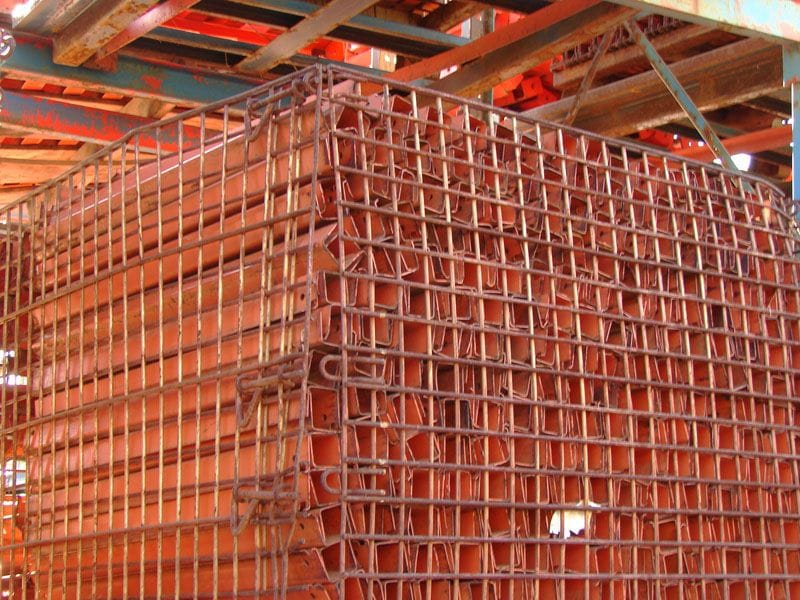 Pallet Supports in a Basket